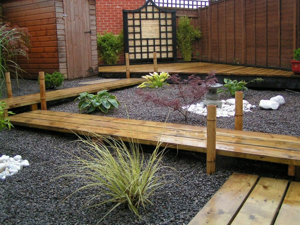 Japanese Zen Garden Design Ideas With Black Gravel And Wooden Board Path  Wood Fence Japanese Latern Stone Pagodas White Stone
