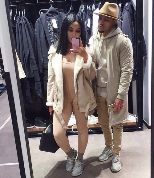 impressive couple outfits instagram