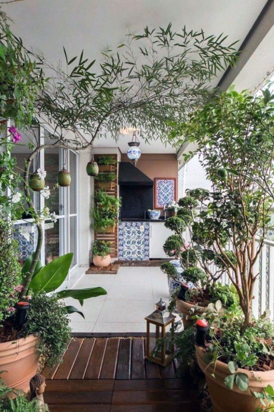 35 Attractive Townhouse Small Patio Balconies Ideas in ...