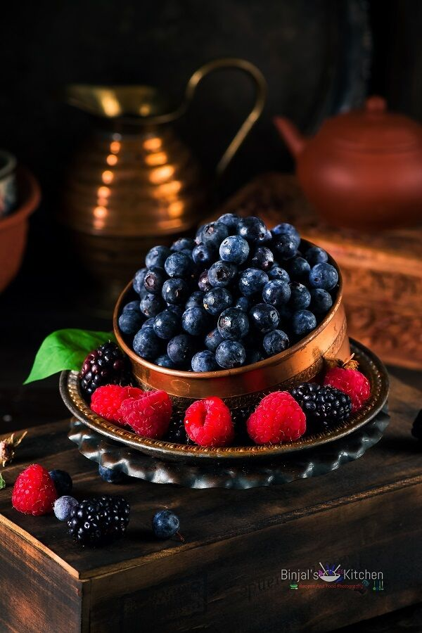 Berry Sauce With Greek Yogurt Binjal S Veg Kitchen Recipe Berry Sauce Mixed Berries Berries