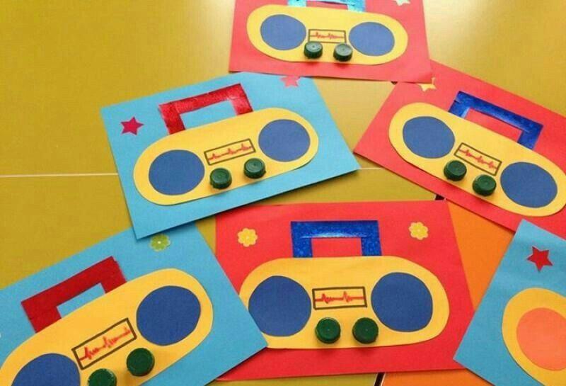Radyo Yayında Artik Materyal çalişmalari Music Crafts Kids