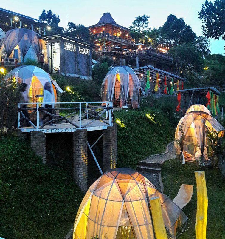 21 Tempat Wisata Paling Indah Dan Instagrammable Di