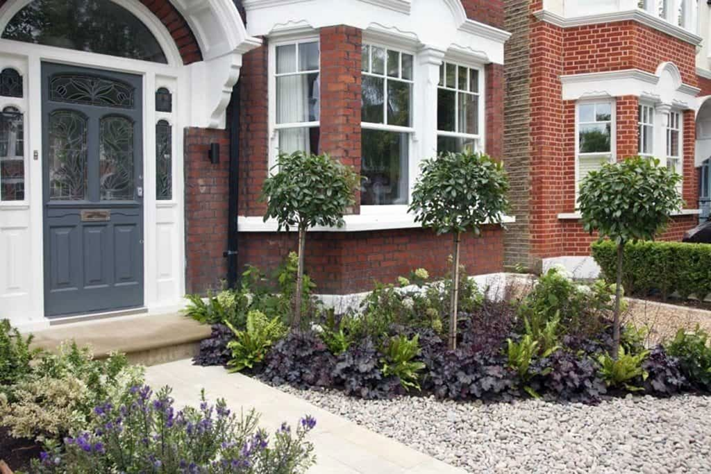 14 Interesting Small Front Garden Design Ideas For You Apply In Home Frontgardendesigns Fr In 2020 Front Garden Design Patio Garden Design Small Front Gardens