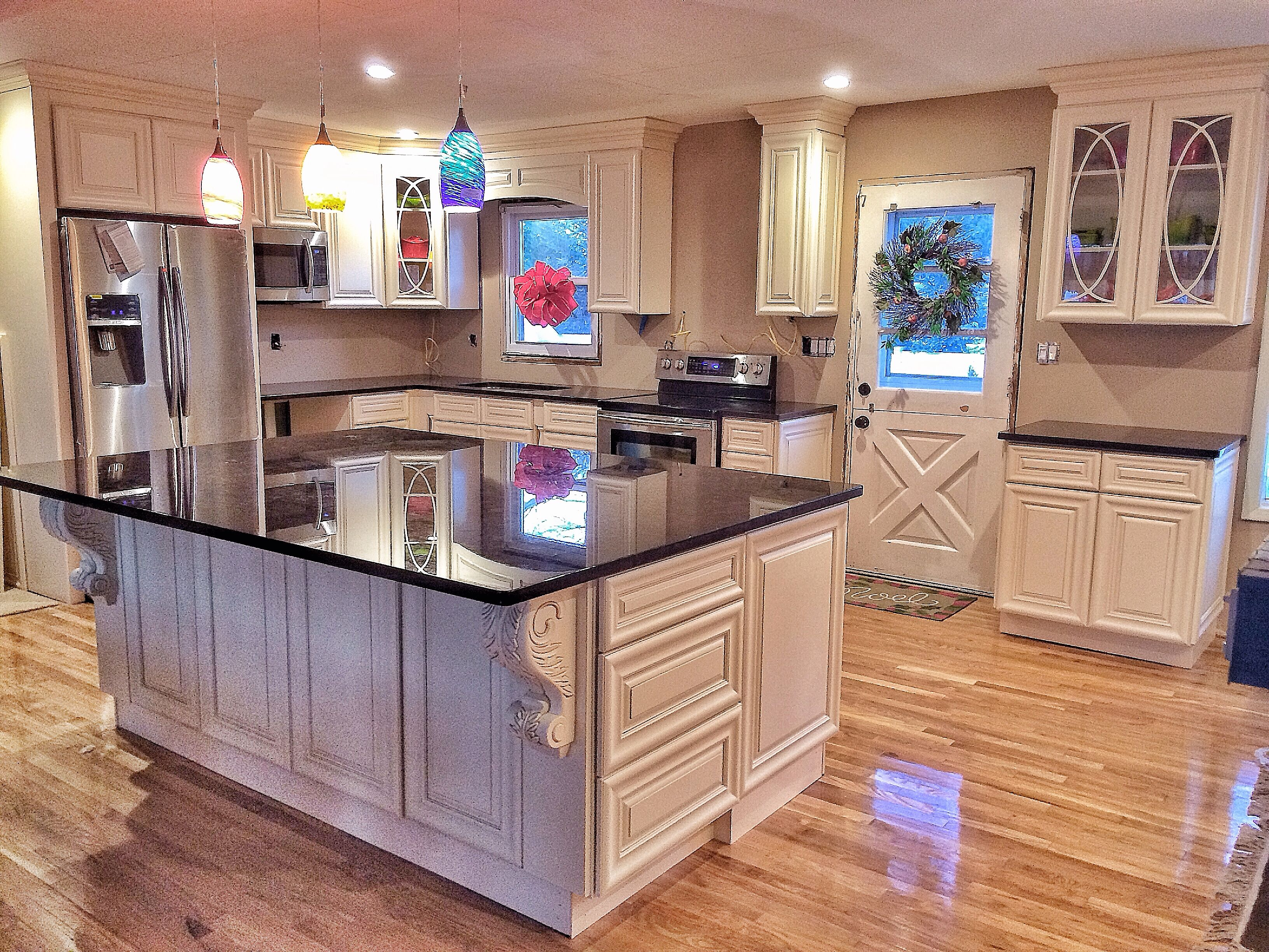 Forevermark Cabinetry, Kitchen, Oasis, Cream Pillow Top Cabinets With  Antique Brown Granite