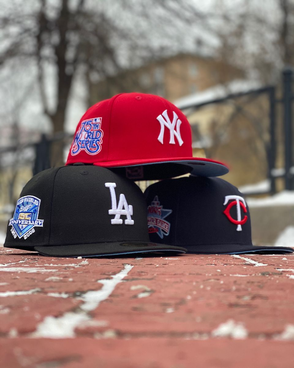 Exclusive 59fifty Mlb New York Yankees 75th World Series Scarlet Sky Blue Underbrim Fam New York Yankees Logo New York Yankees Yankees Logo