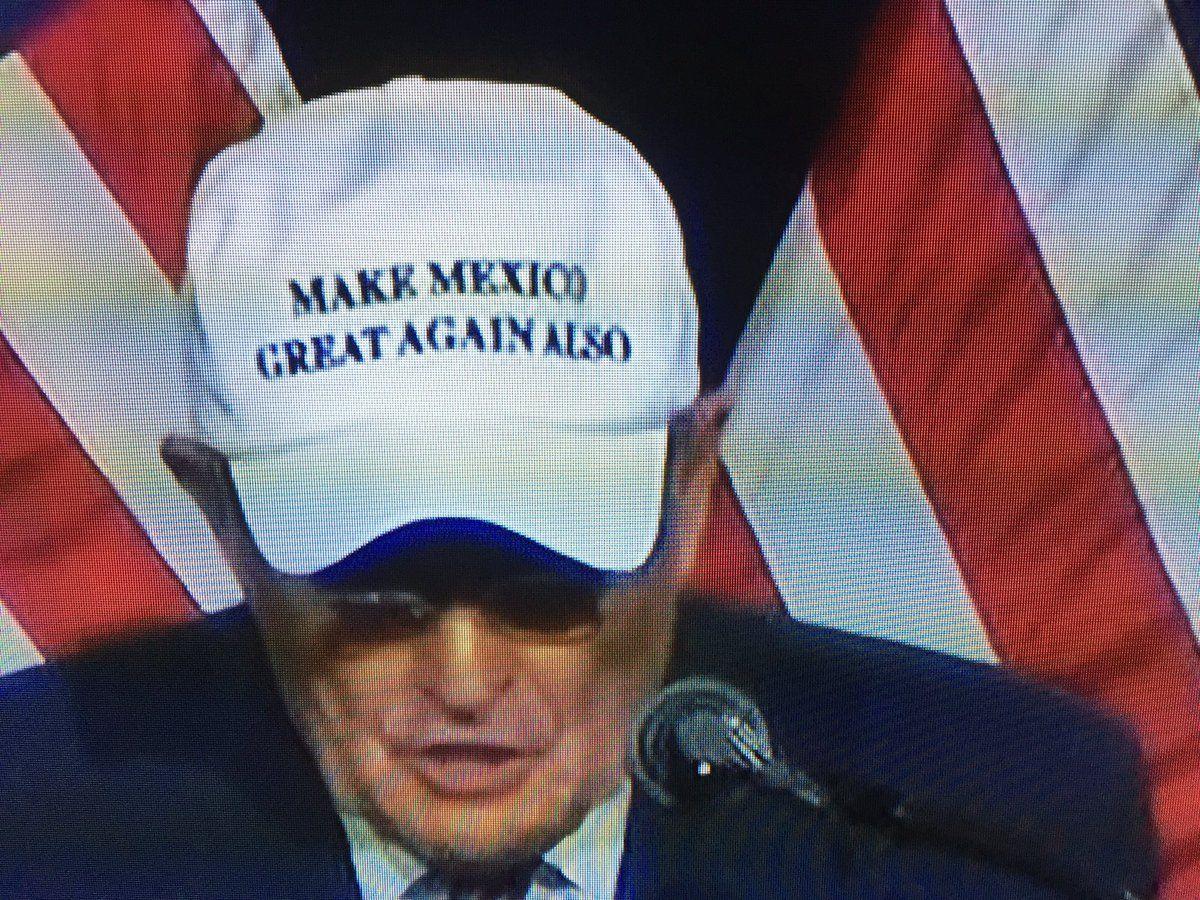 "Marc Martinez on Twitter: "".@rudygiulianiGOP wearing a ""Make Mexico Great Again…"