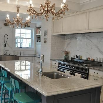 Attrayant Mother Of Pearl Quartzite | Kitchen Remodel | Pinterest | Quartzite  Countertops, Countertops And Gray