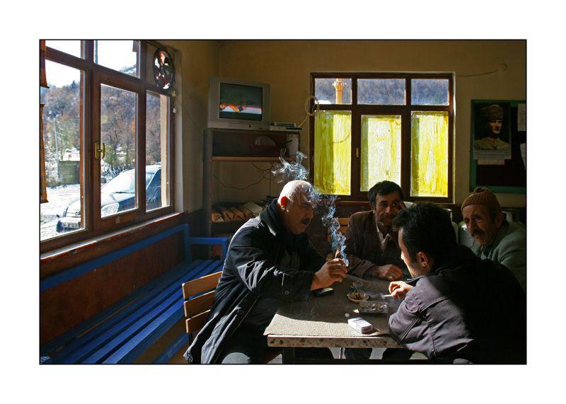 ilgaz dagi, coffe house, men. Turkey.