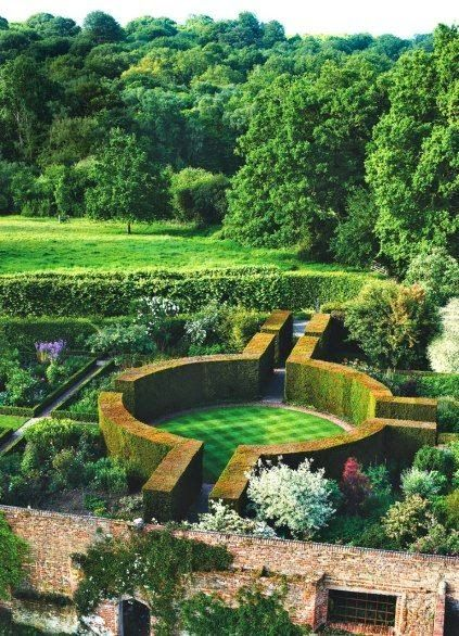Eccentric England: Gardens and Homes of Kent & Sussex ...