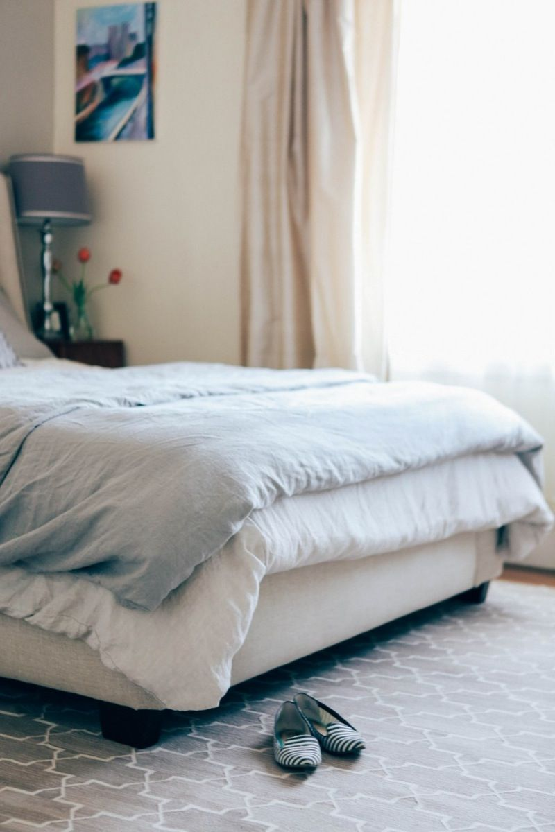 the weird trick that ll help you fall asleep linen sheets and bedrooms