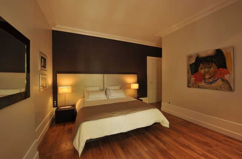 tete de lit hotel des chambres et des lits bed home. Black Bedroom Furniture Sets. Home Design Ideas