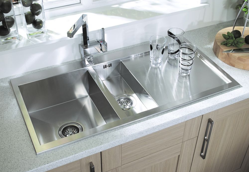 249 Italian Design square 1.5 bowl kitchen sink in Stainless steel ...