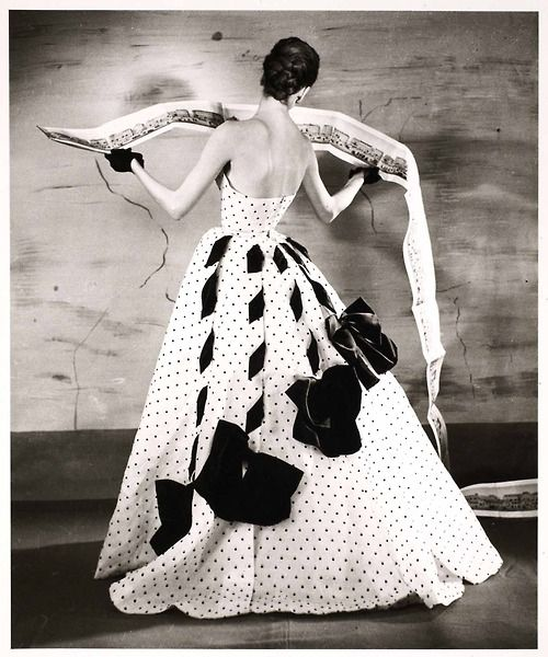 Suzy Parker in Jacques Fath Gown, 1953    Photo by Louise Dahl-Wolfe, Panorama of Paris