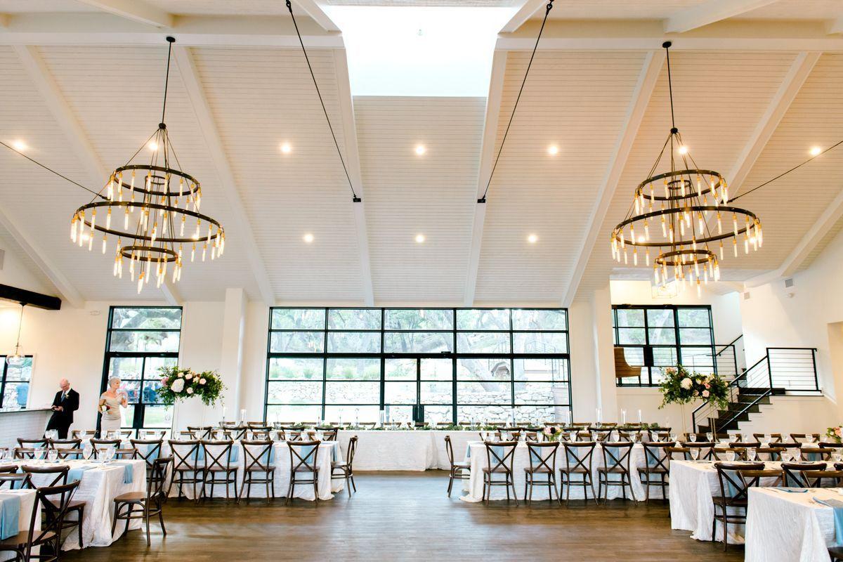 Hidden Falls Remi S Ridge Hayes Hollow Walters Wedding Estates Hidden Falls Venues Beautiful Wedding Venues Exposed Trusses