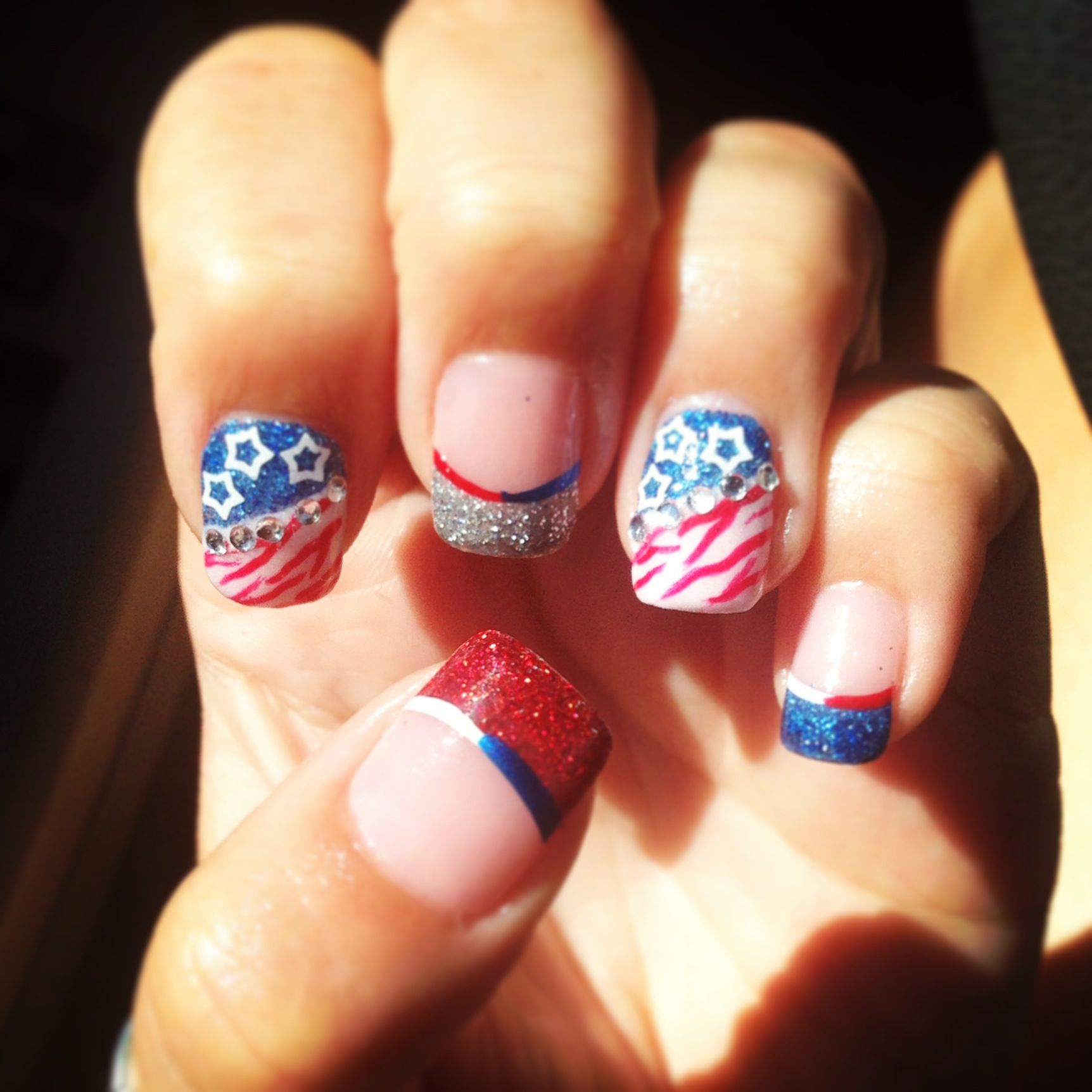 4th Of July Acrylic Nail Art Designs, Red White And Blue