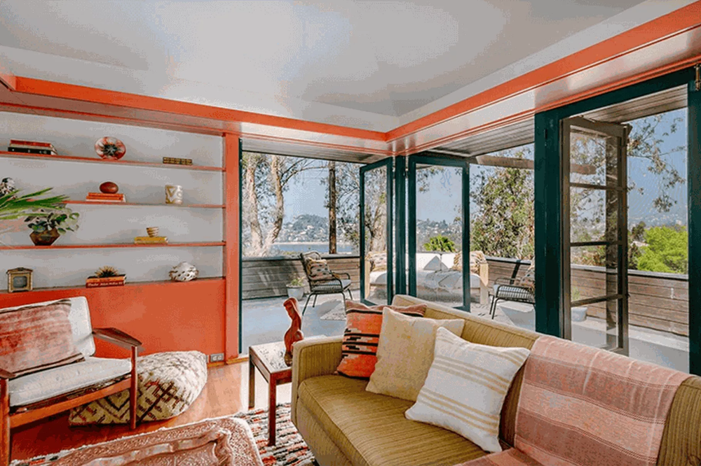 Silver Lake's fantastic Hawk House up for landmark