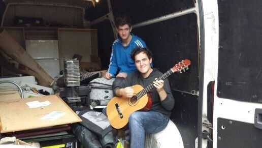 Selidbe prodavnica muzičkih instrumenata - kombi