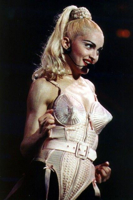 The artist turned fashion on its head and Madonna's bra into a feminist symbol, gave his last curtain call Saturday to a much-deserved standing ovation.