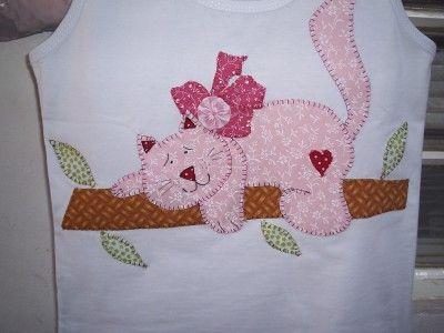 Camisetas on pinterest patchwork appliques and cat for Aplicaciones decoradas