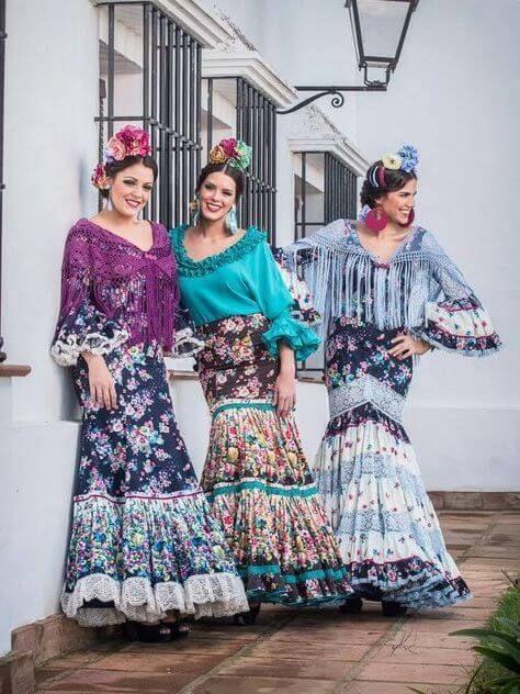 Todo Sobre Los Peinados De Flamenca Paso A Paso Los Peinados