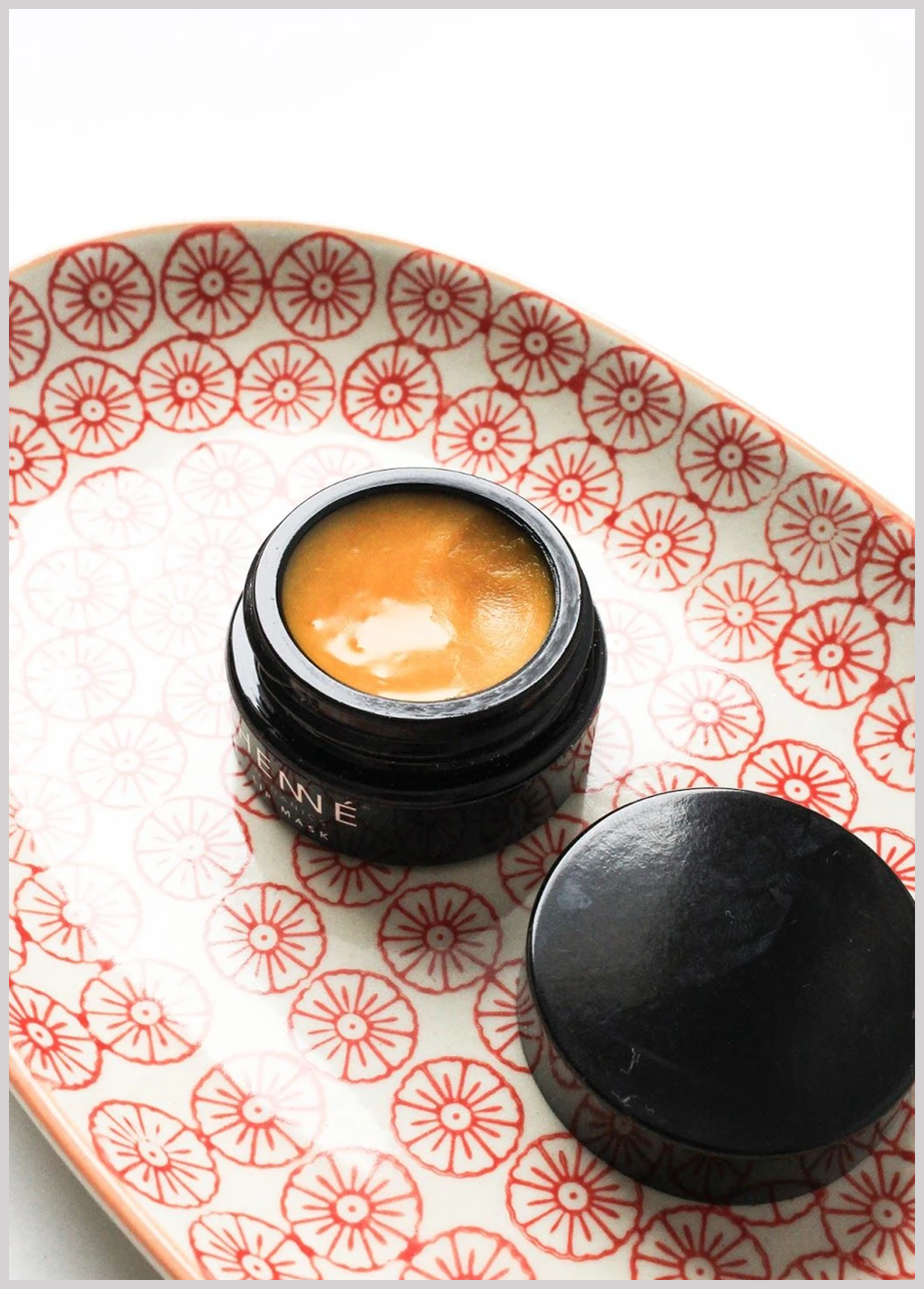 Drift into a self-care reverie as your lips are softly enveloped in this rejuvenating lip mask. Allow nourishing ingredients like sea buckthorn and evening primrose to help restore and soothe your lips, while a fresh citrus scent enlivens your senses. Not tested on animals Ingredients: ORGANIC ROSA CANINA (ROSEHIP) SEED OIL, ORGANIC PERSEA AMERICANA (AVOCADO) OIL, ORGANIC CERA ALBA (BEESWAX), ORGANIC SIMMONDSIA CHINENSIS (JOJOBA) SEED OIL, ORGANIC PUNICA GRANATUM (POMEGRANATE) SEED OIL, ORGANIC