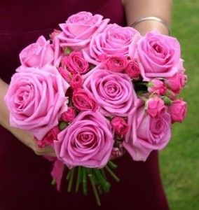wedding bouquets pink roses 284x300 Pink roses wedding bouquet mixed sizes