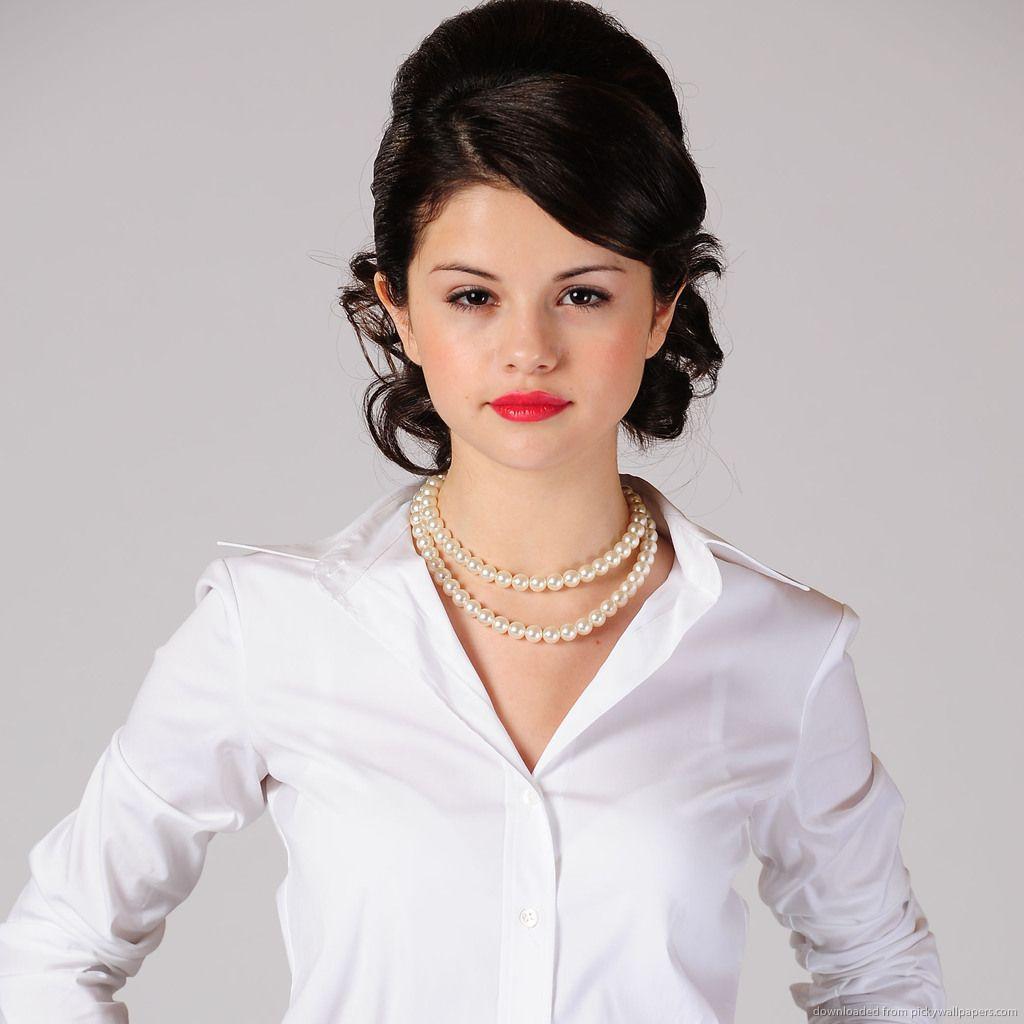 selena gomez lipstick | download selena gomez red lipstick and pearl