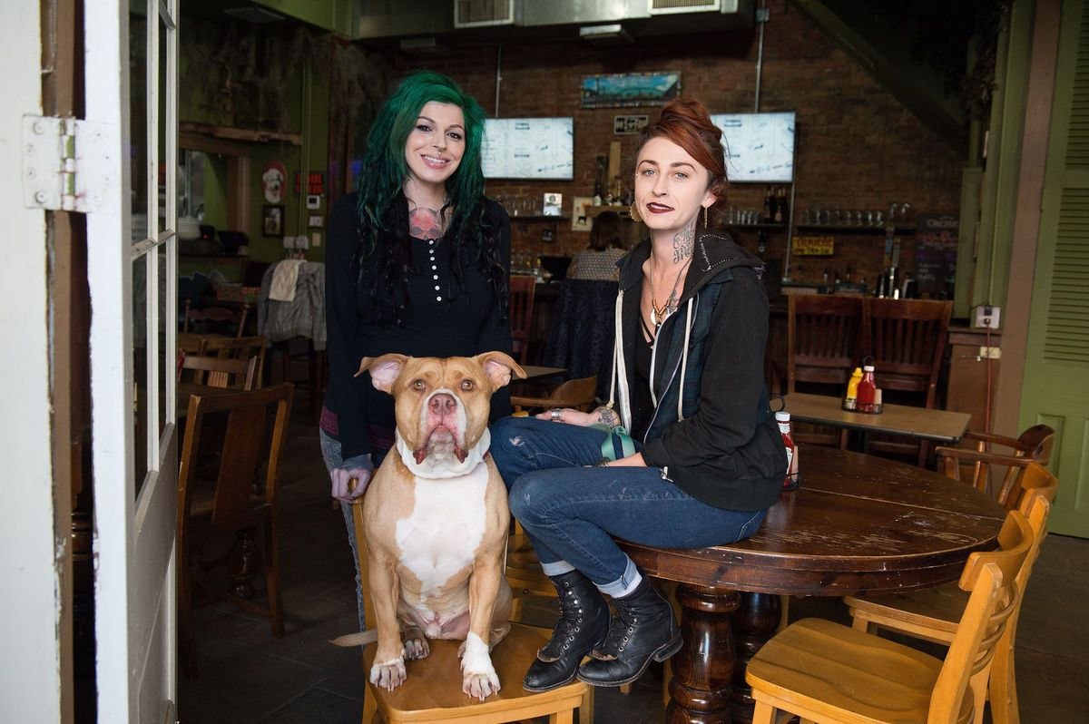You Drink They Eat Family From Pit Bulls And Parolees Has A