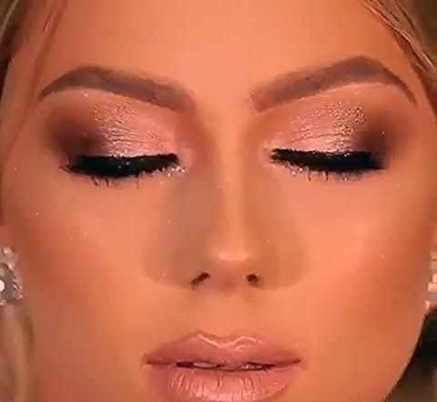 Photo of Amazing😍😍💕💕 @metdaan.makeup #makeup #makeupeyes #makeuptutorial #makeuplooks