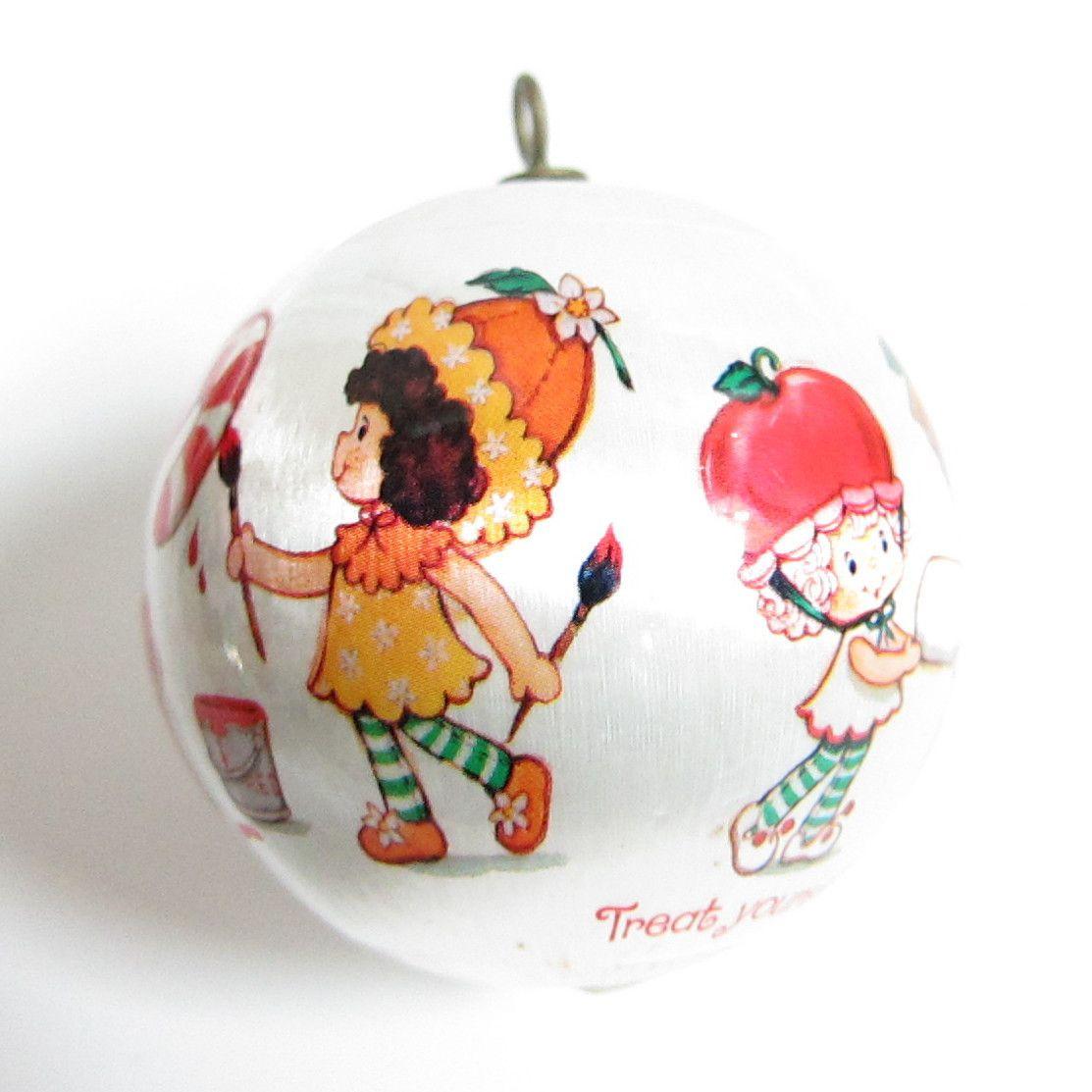 Strawberry christmas ornaments - Strawberry Shortcake Christmas Ornament 1984 Silk Ball Tree Decoration