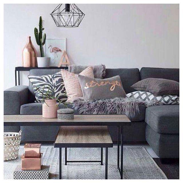 Décor em cinza com detalhes em #RoseQuartz ❤ .. .. .. #cliquefashionoficial #decoracaocasa #homedecor #decor #fashion