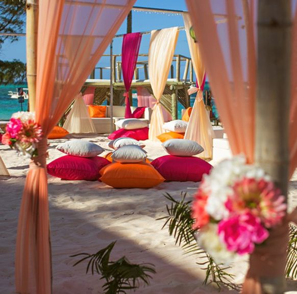 Belongil Beach Wedding Ceremony: Punta Cana All Inclusive Stylish Weddings
