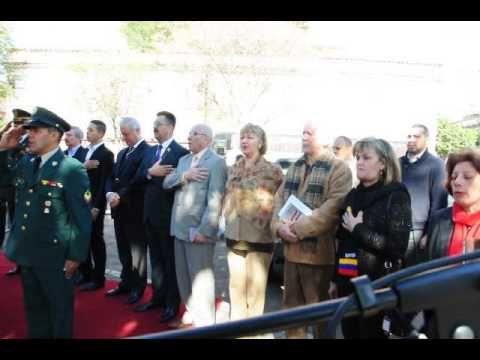 En Asunción Paraguay se entonan las notas del himno nacional de Colombia