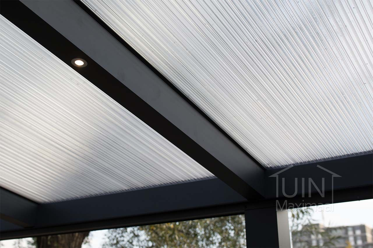 301 Gumax Terrasoverkapping Mat Antraciet Close-up LED Verlichting ...
