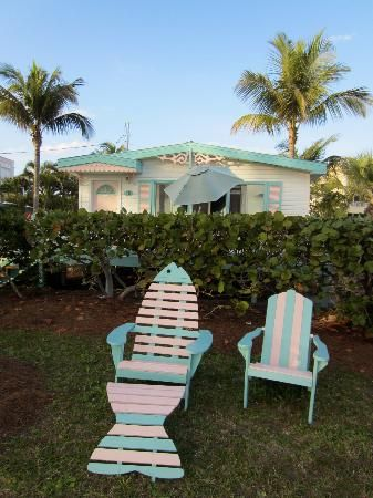 Gulf Breeze Cottages Cottage 10 Front Row Seats Sanibelisland Sanibel Island Florida Sanibel Island Cottage