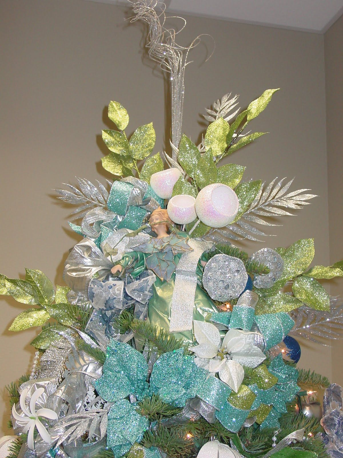 Blue green christmas tree decorations - Christmas Blue And Green Decorated Christmas Tree