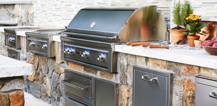 Outdoor Kitchen Counter With Soffit Above With Lights Google Search Outdoor Kitchen Appliances Outdoor Kitchen Bbq Appliances