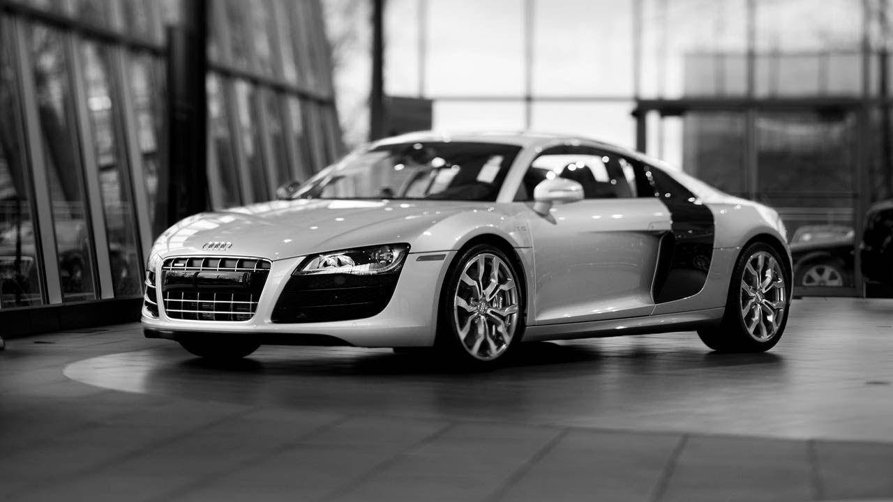 Silver Audi R8 Hd720p Hd Wallpaper Best Luxury Sports Car Audi R8 Car Sports Cars Luxury