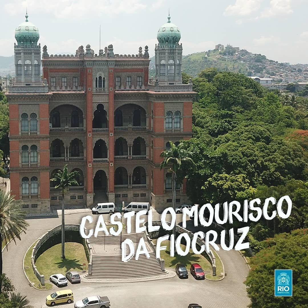 Quem visita o Pavilhão Mourisco, ou simplesmente Castelo