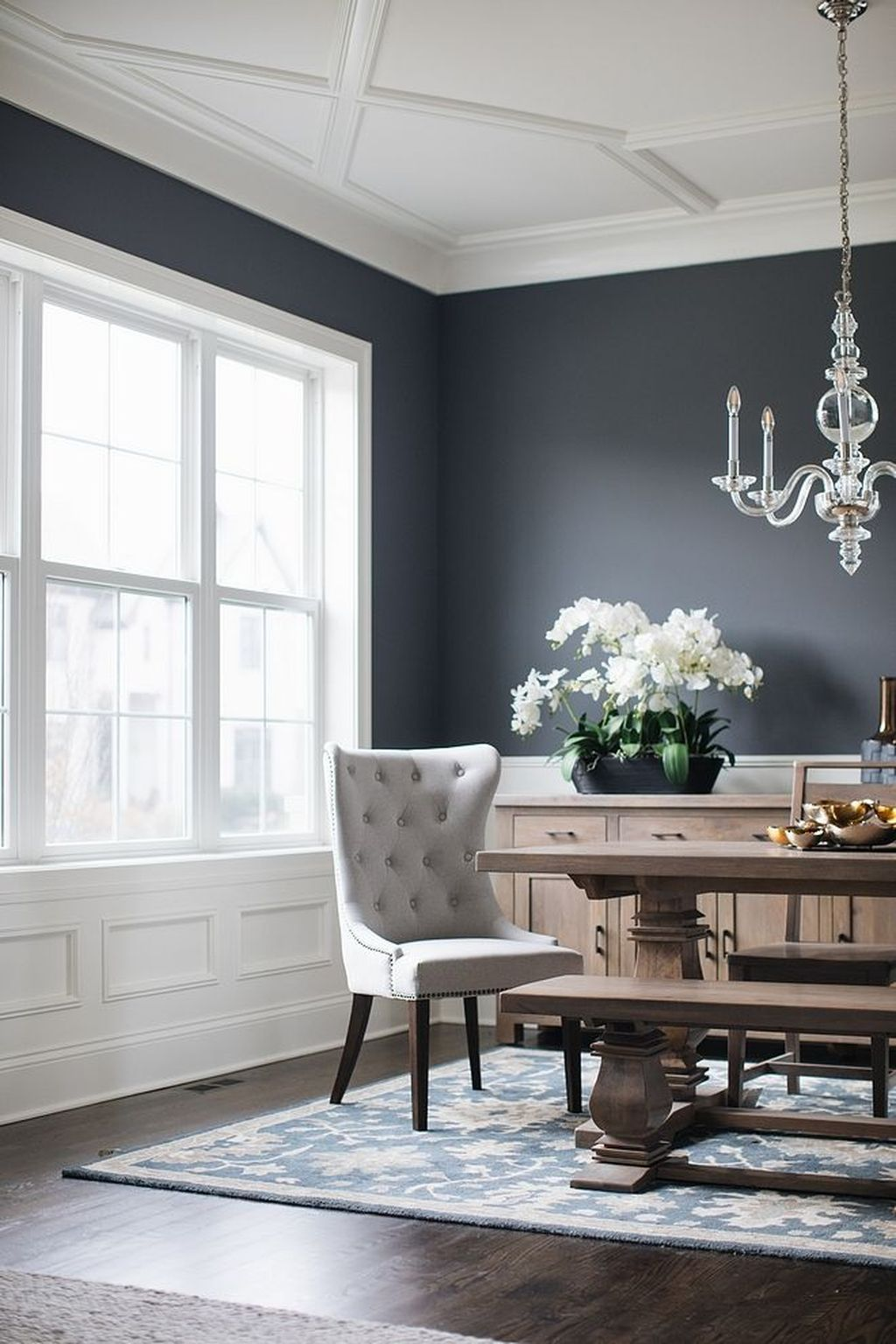 48 Beautiful Black Living Room Ideas Trendehouse Dark Dining Room Dining Room Colors Dining Room Wainscoting