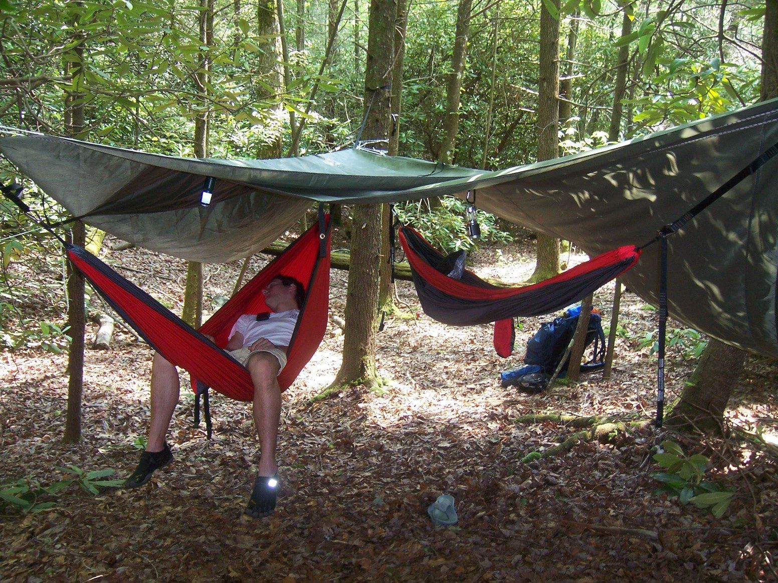 Can T Afford A Real Hammock Tarp I Use A Tent Footprint It S Lightweight And Water Resistant