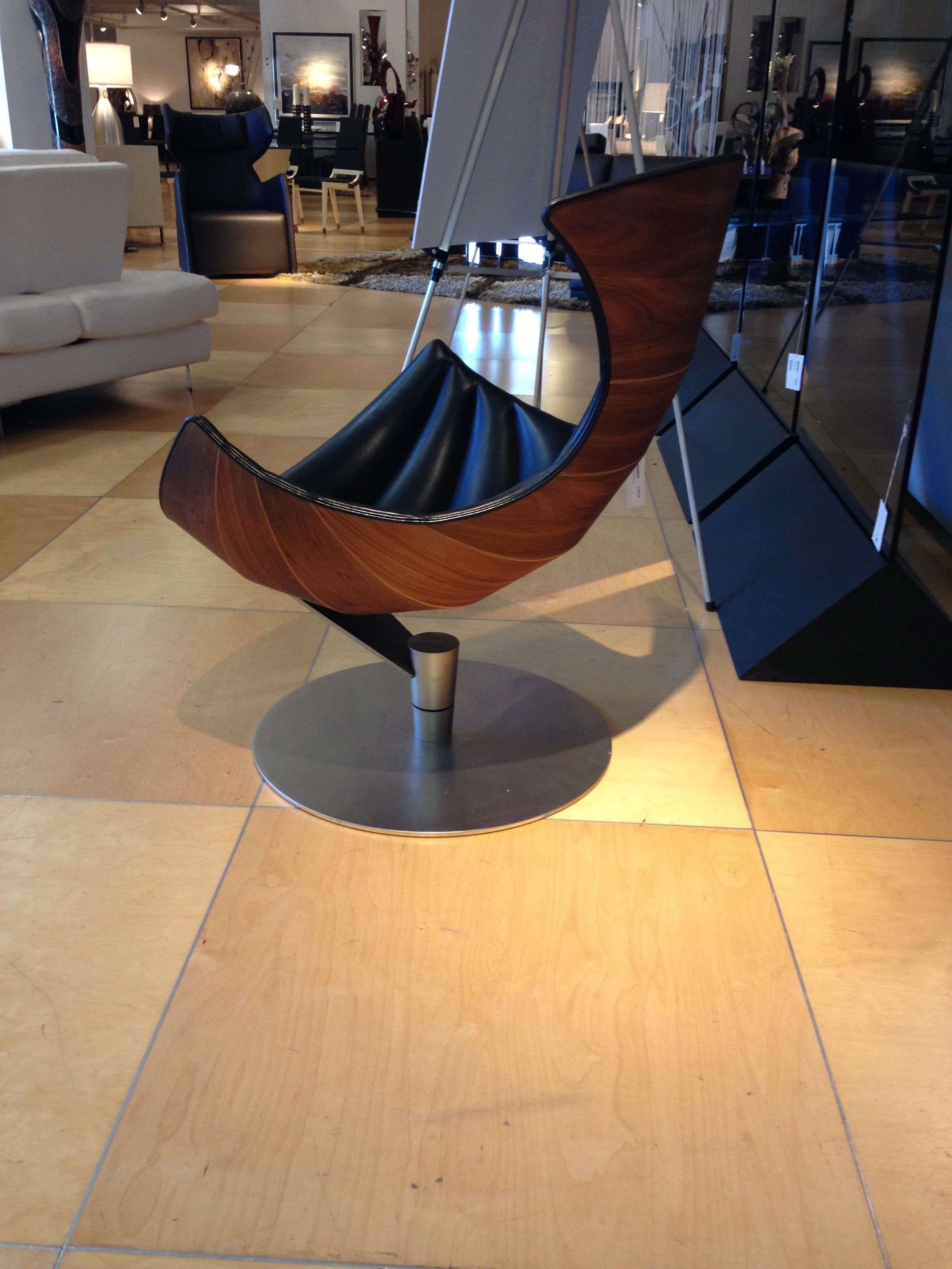 Side View Of The Lobster Chair So Now You Can See Where It Gets Its Name Come Into Our Scan De Scan Design