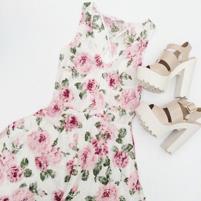 #Floral #Dress #HighHeels #Summer #Outfit #ootd #TALLYWEiJL