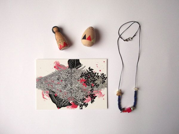 Goodie bag 6 - postcard, little wooden toys and necklace