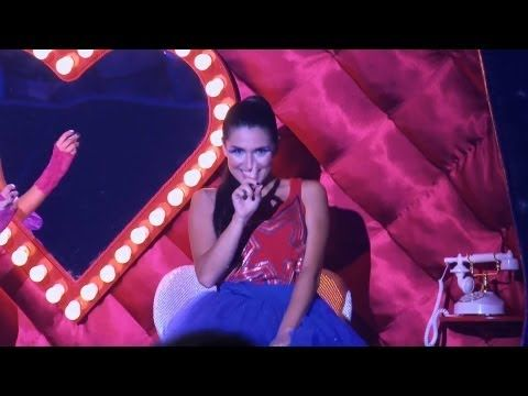 Violetta 2 Video Musical Ludmila Y Naty Cantan Peligrosamente Bellas Celebrities Alba Videos