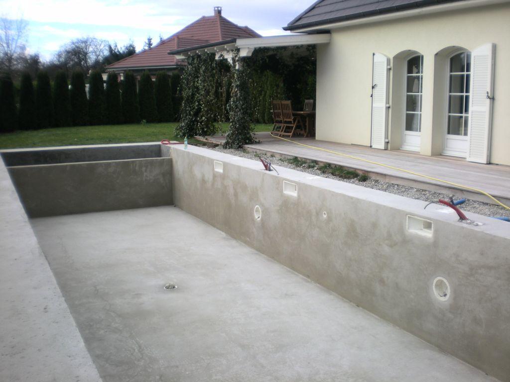 photo dalle b ton autour de la piscine house project pinterest house projects. Black Bedroom Furniture Sets. Home Design Ideas