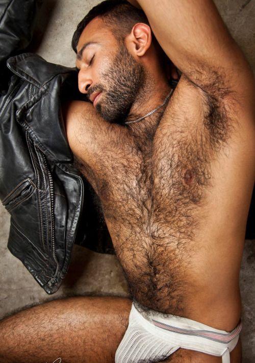 Naked ray j