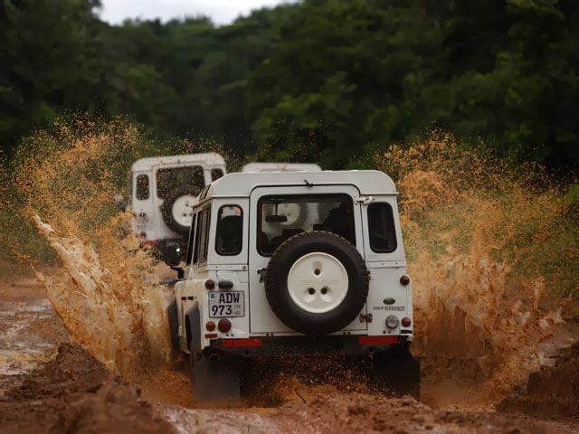 MUD'S IN THE AIR
