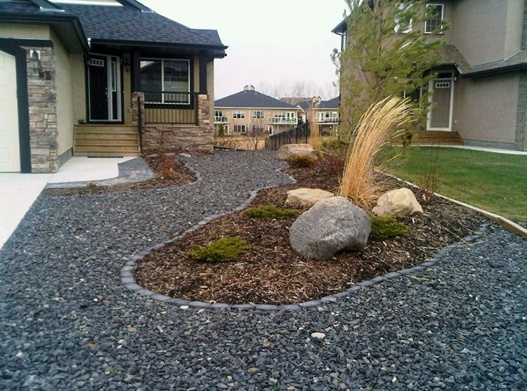 Xeriscape Large Yard Maintenance Side Xeriscaped Back Boulders With Mulch