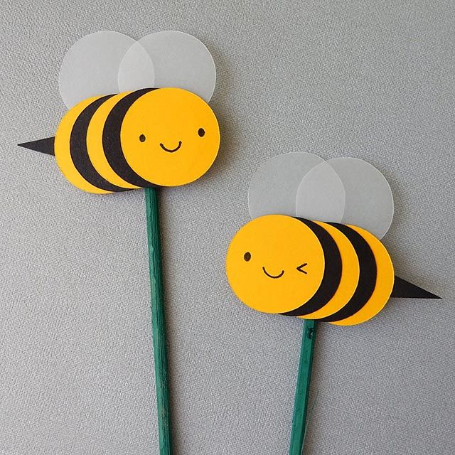 How To: Make Paper Cut Bumble Bee Cards & Decorations - Asking For Trouble